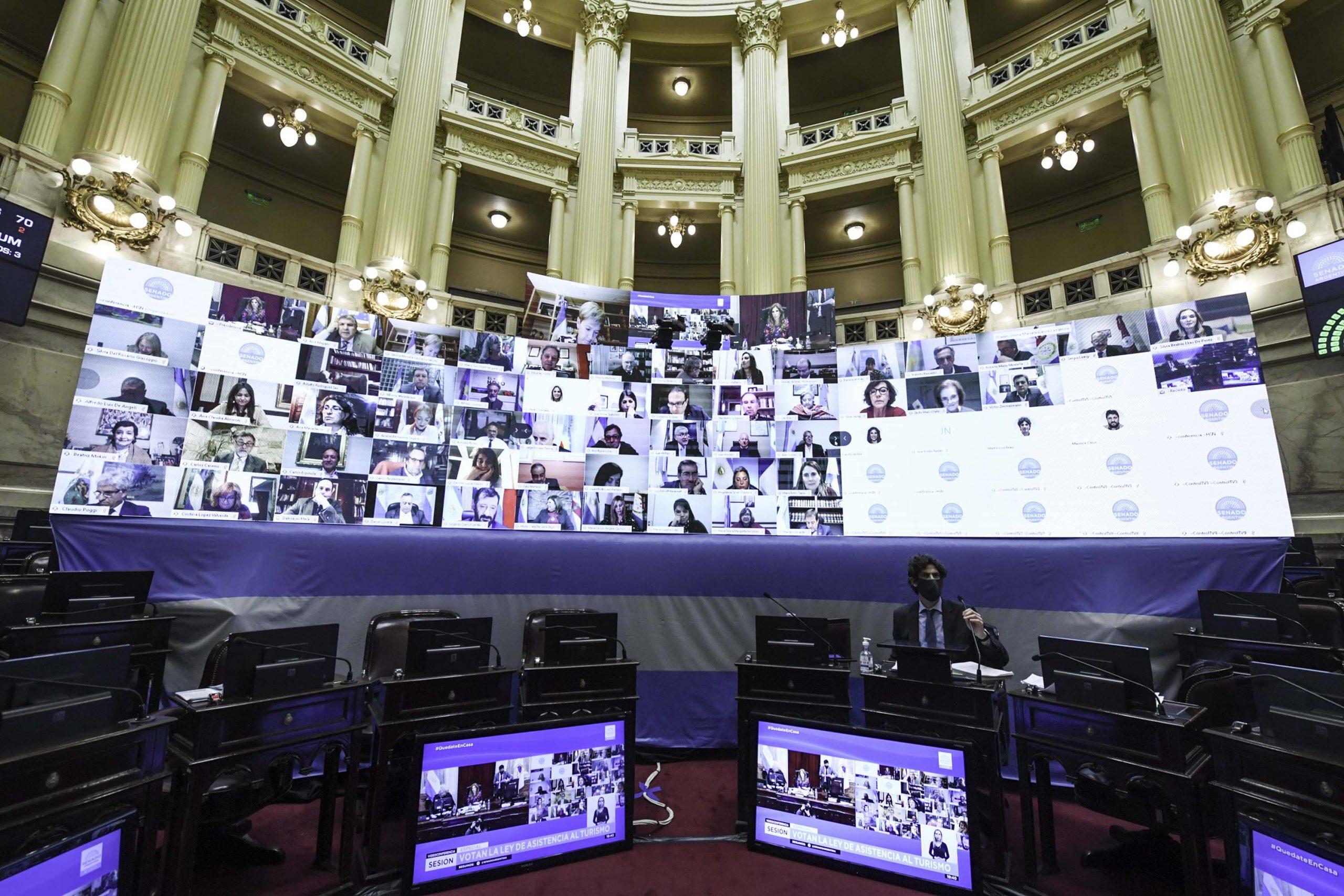 Media sanción a la reforma judicial