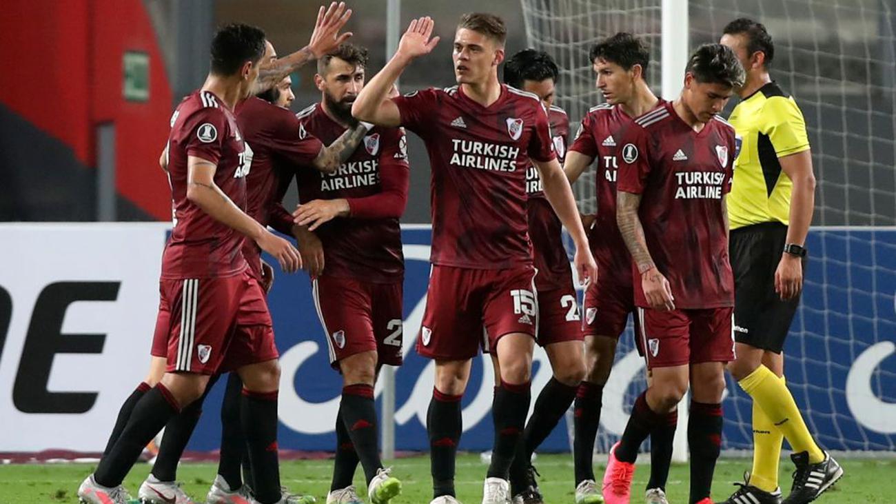 River goleó a Binacional y acerca a los octavos de final en Copa Libertadores