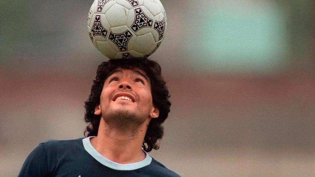 Tras el último adiós de familiares y amigos, Diego Maradona ya descansa en paz