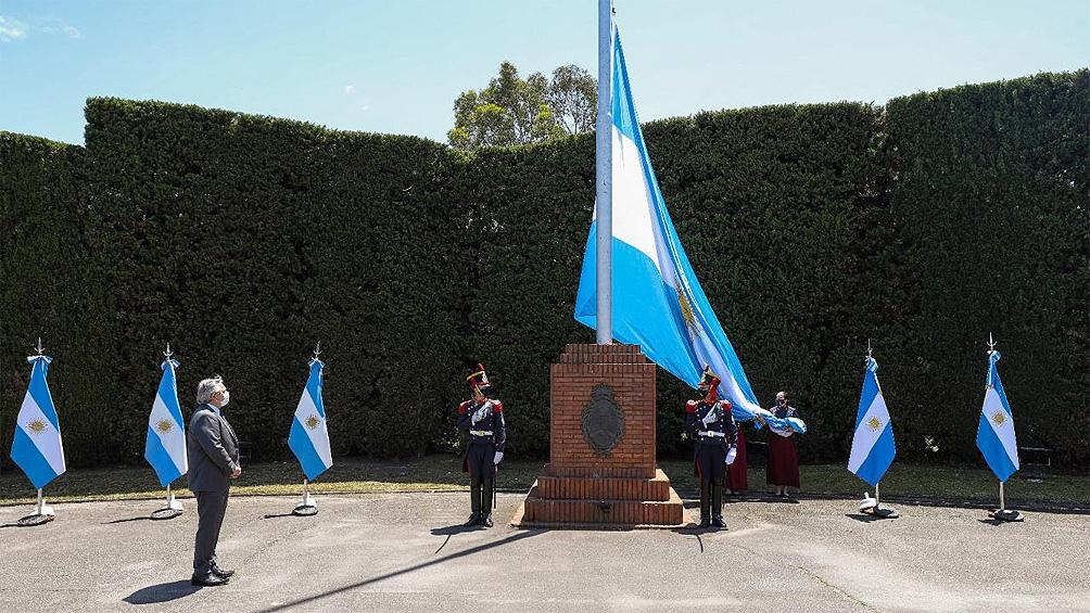 A 200 años del primer izamiento en Malvinas, actos en todo el país y lanzamiento del Consejo Nacional