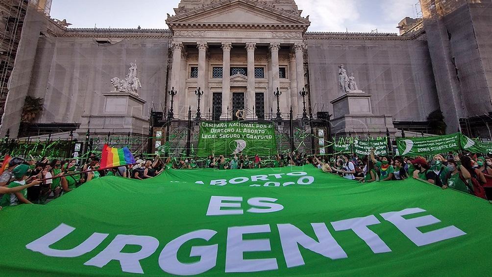 Diputados busca emitir dictamen del proyecto de interrupción voluntaria del embarazo