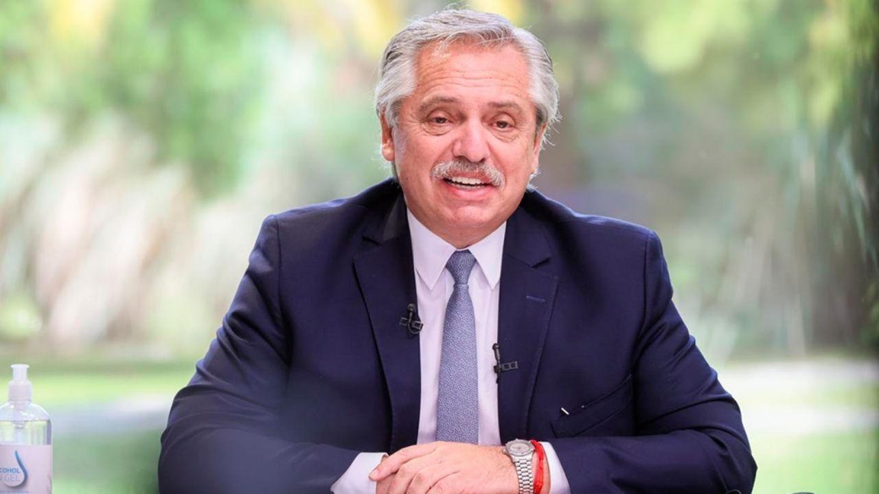 """Alberto Fernández: """"Sin salud no hay presente y sin educación no hay futuro"""""""