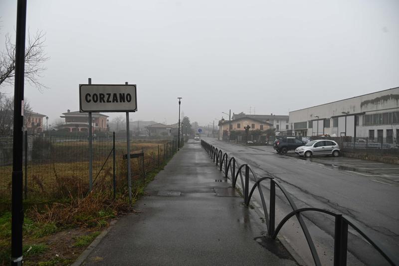 Corzano, el pueblo italiano que muestra el riesgo de volver a clases presenciales sin plan