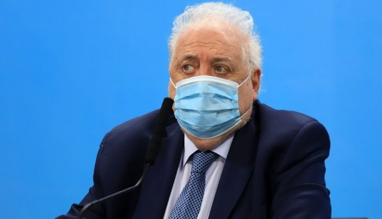 Por instrucción del Presidente, Cafiero le pidió la renuncia a Ginés