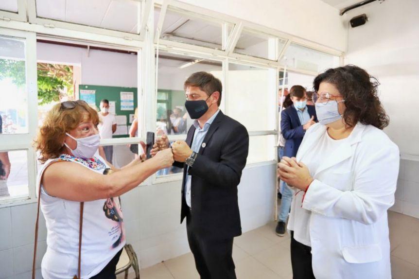 Mientras Ciudad desacelera la vacunación, Provincia bate récords de inoculación