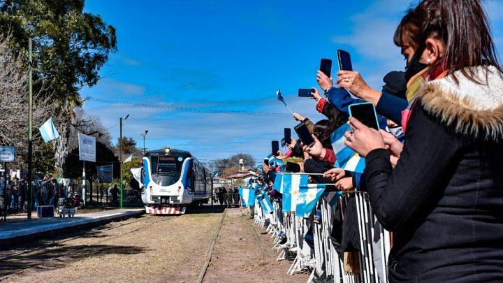 Comenzó a circular el Tren de las Sierras en Córdoba hasta Valle Hermoso