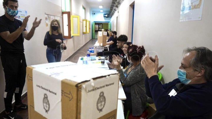 Pese a la pandemia, hubo un 67% de participación de votantes en las PASO
