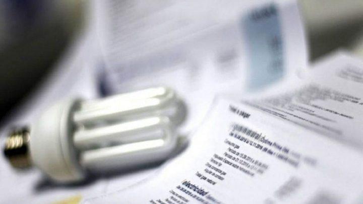 Tarifas: se derrumbó el peso de las facturas de luz y gas en los ingresos de los hogares
