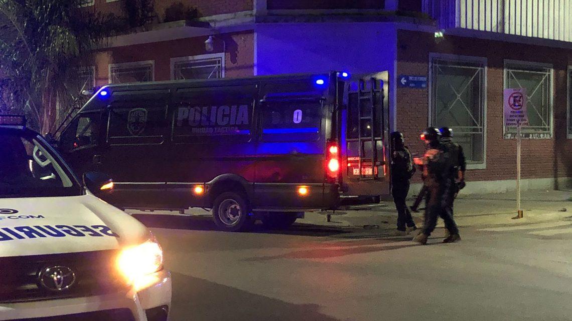 Violenta toma de rehenes en Caseros: «Se preparó para la Tercera Guerra Mundial»